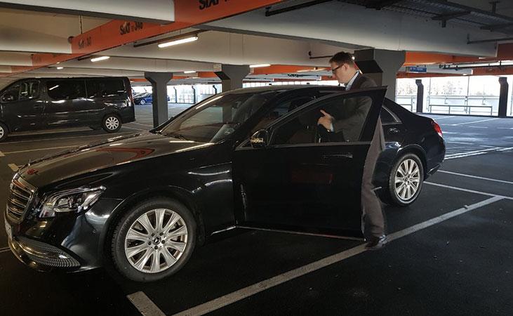 Agenda-Ausflug-Auto